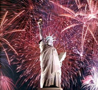 statue_of_liberty_fireworks